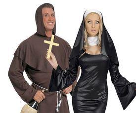 Priesters, Nonnen & Religie