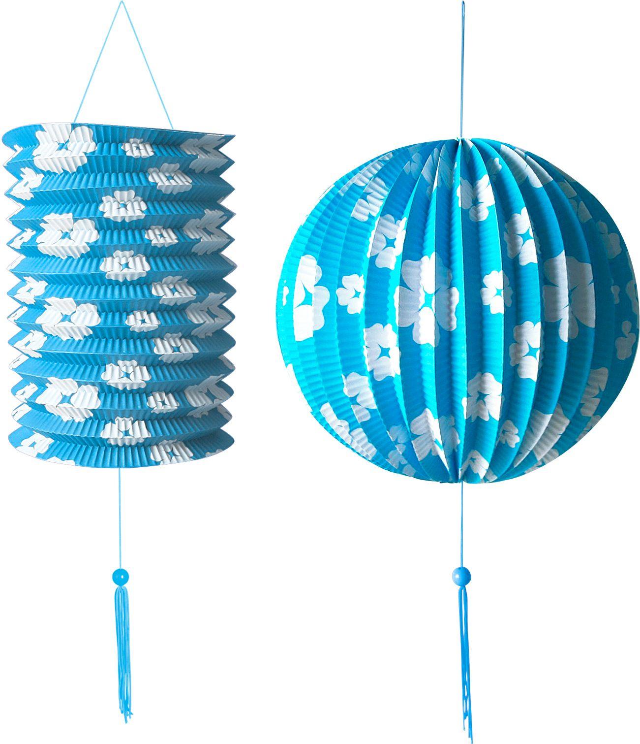 Blauwe papieren bal en lampion