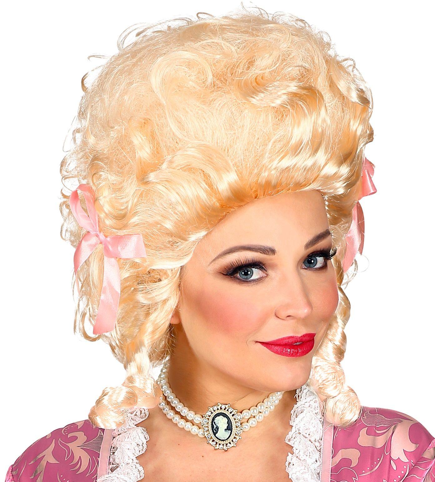 Blonde koloniale pruik vrouw