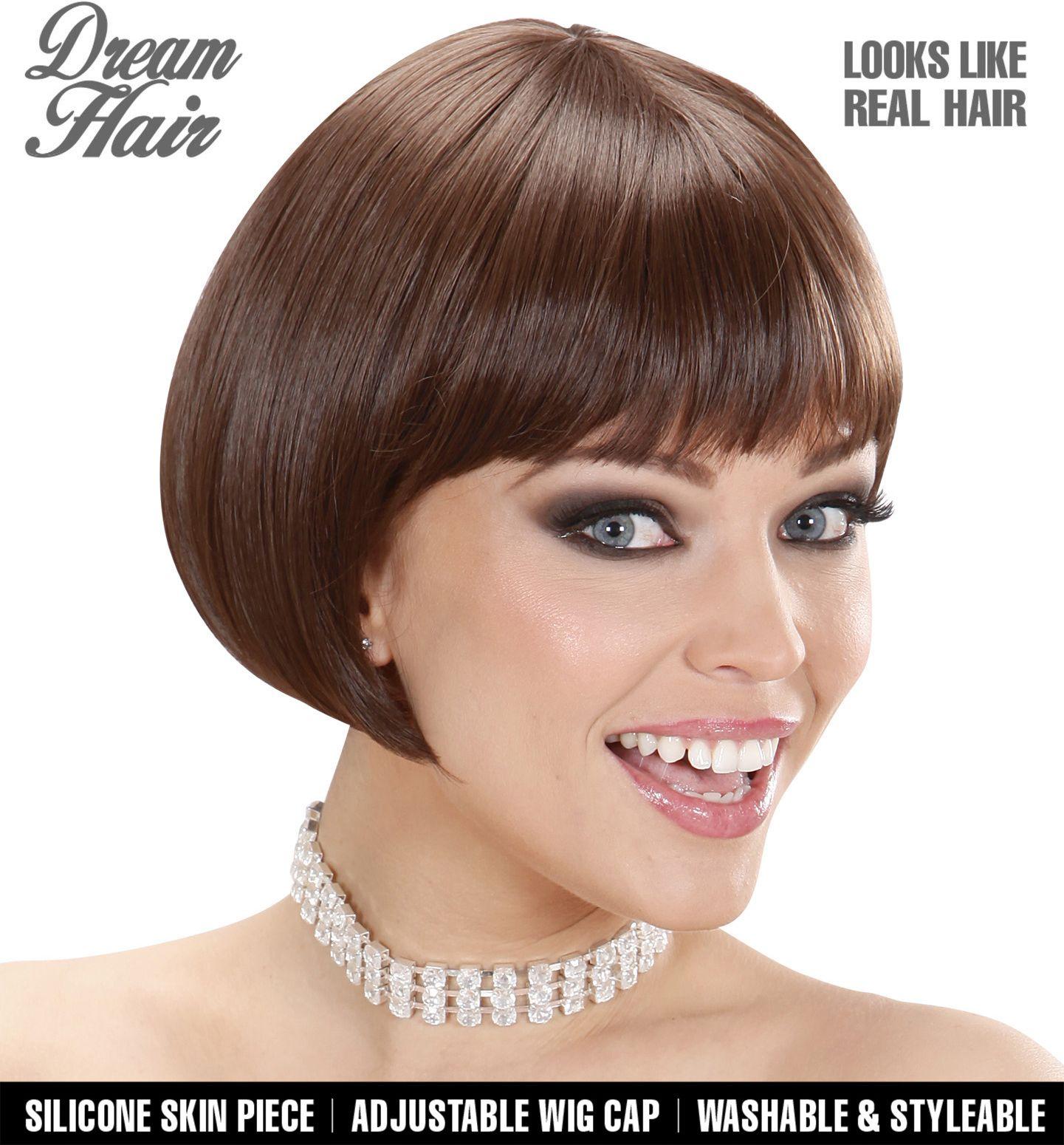 Bruine pruik korte haren