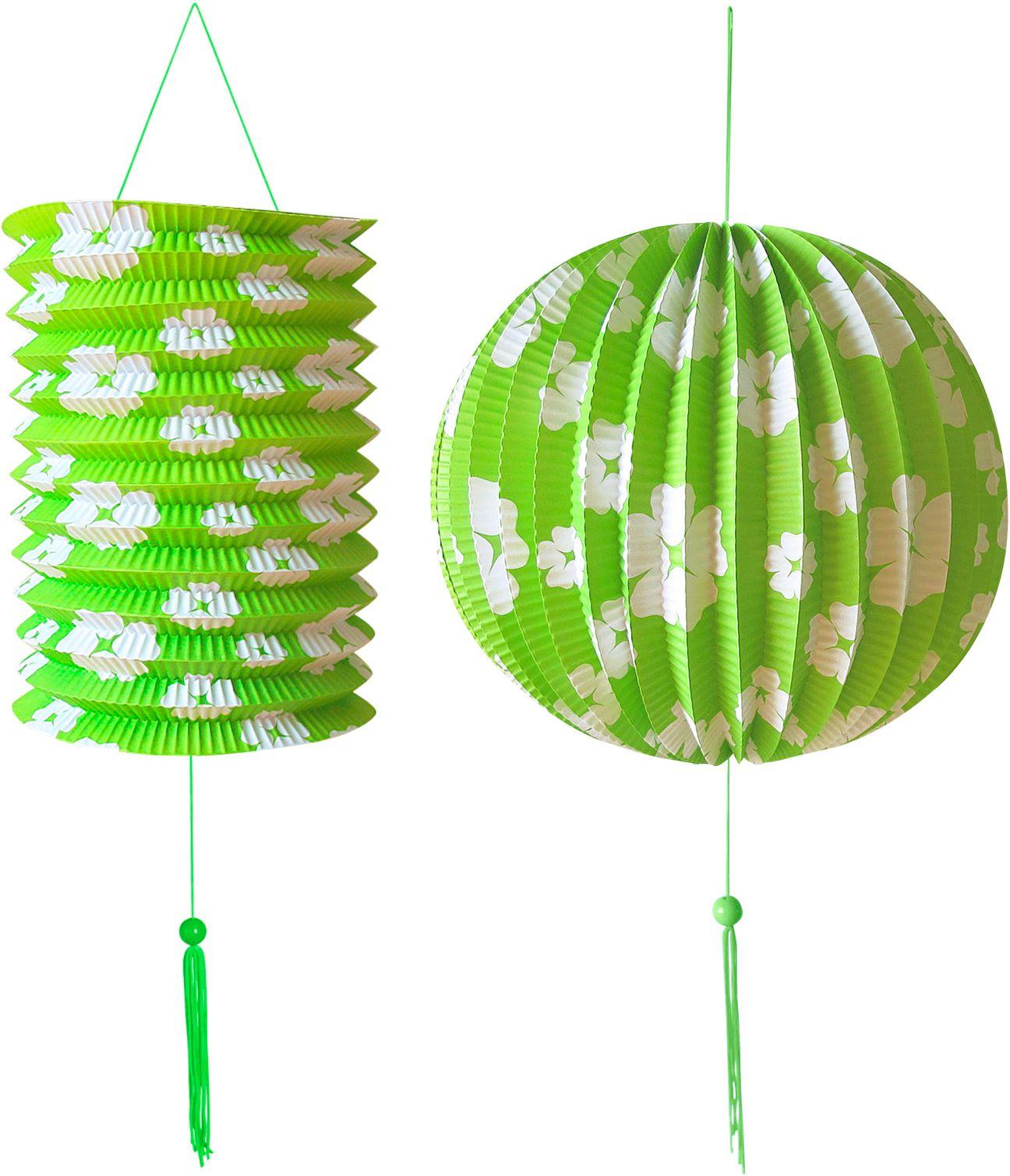 Groene papieren bal en lampion