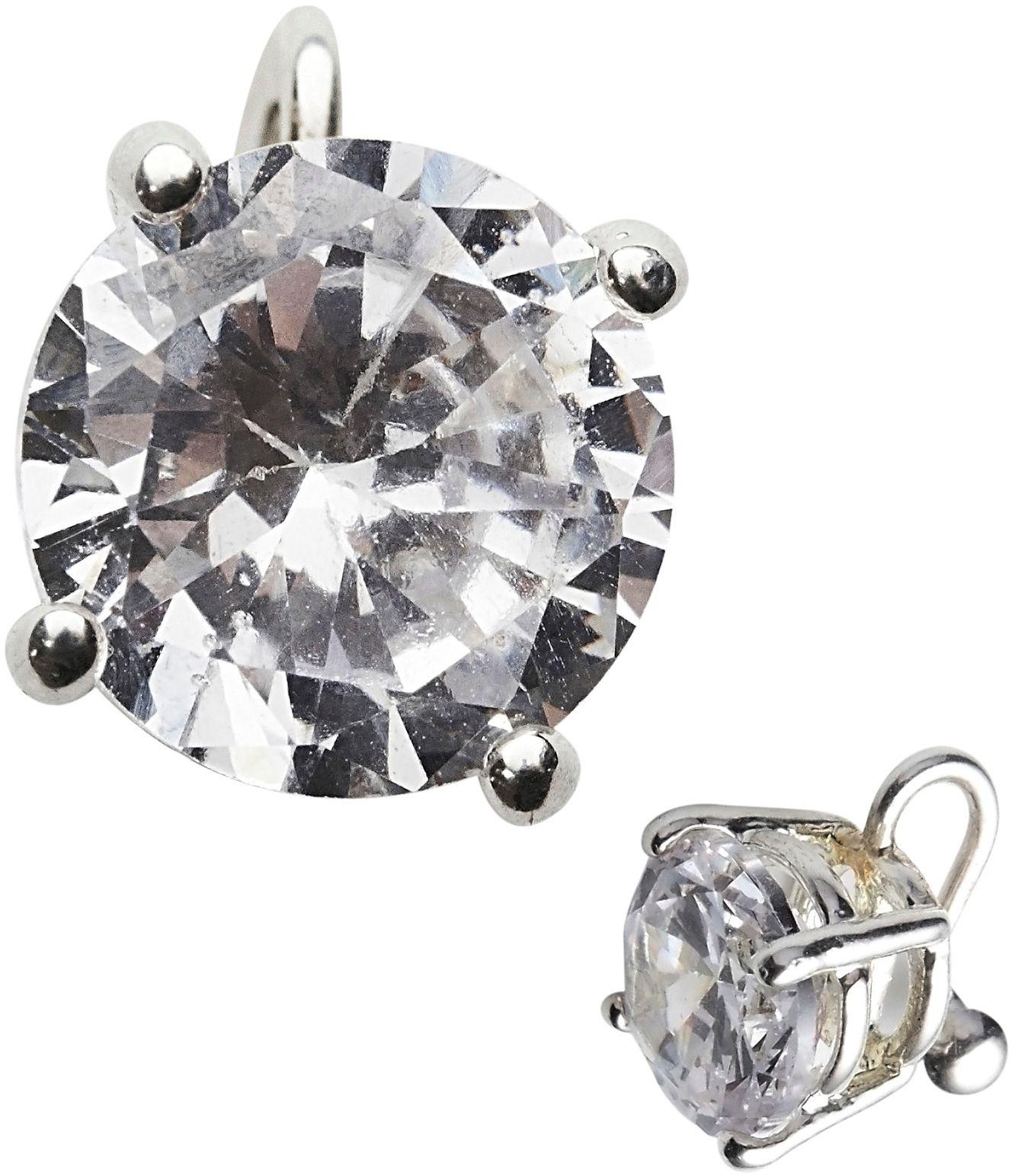 Zilveren diamant oorbel